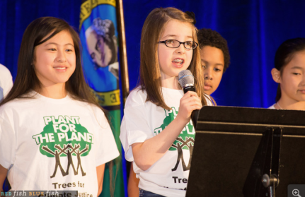 Jenny stands behind Abby at a magnificent fundraiser with VP Al Gore for Governor Inslee December 2014. An inspiring day of climate champions!