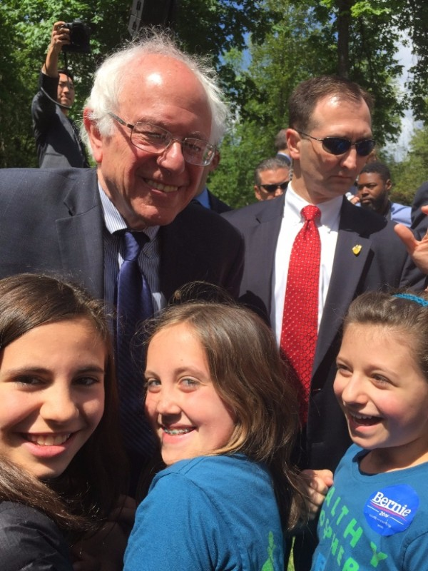 Bernie Sanders, Sahara, Avery, and Hazel, April 28, 2016, Springfield, OR